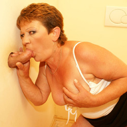 gloryhole 38 Mature lady takes her first gloryhole cock
